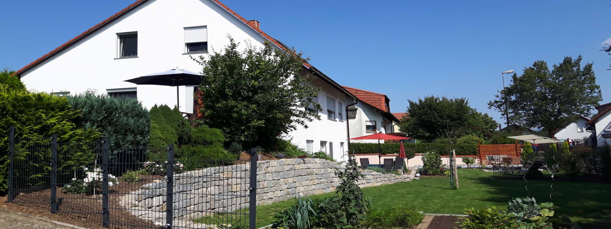 Holiday flat close to Bamberg: Garden and House